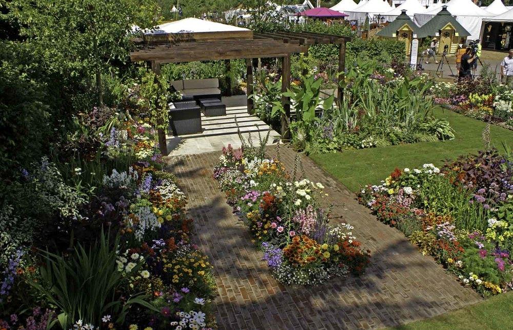 ©Jack Dunckley Landscape Design Garden Design RHS Hampton Court Palace Flower Show 2010 Birchfield Garden-13.jpg