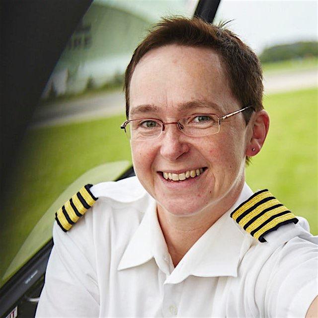 Sabine Bühlmann ist Hubschrauberpilotin aus Begeisterung.jpg