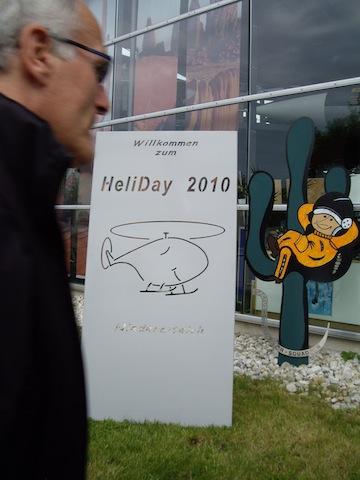 Die Willkommens-Tafel am Museum - ein Kunstwerk!