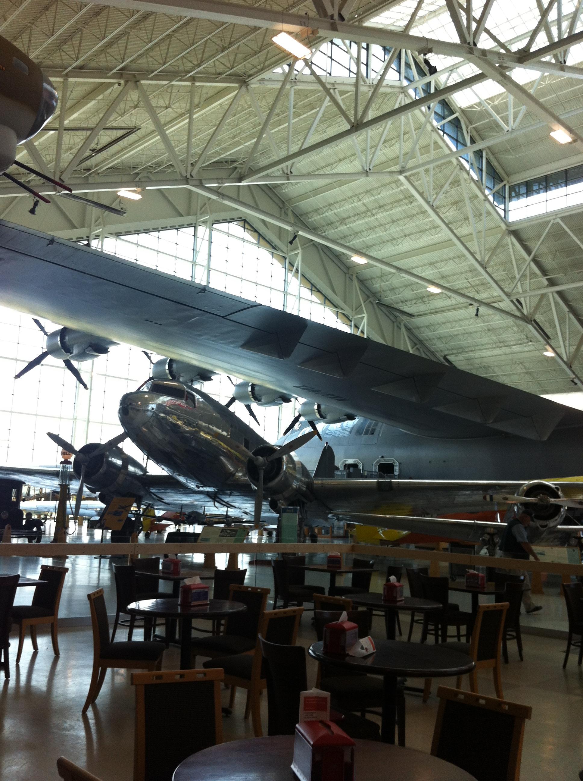 Spruce Goose - mit 8 Triebwerken!