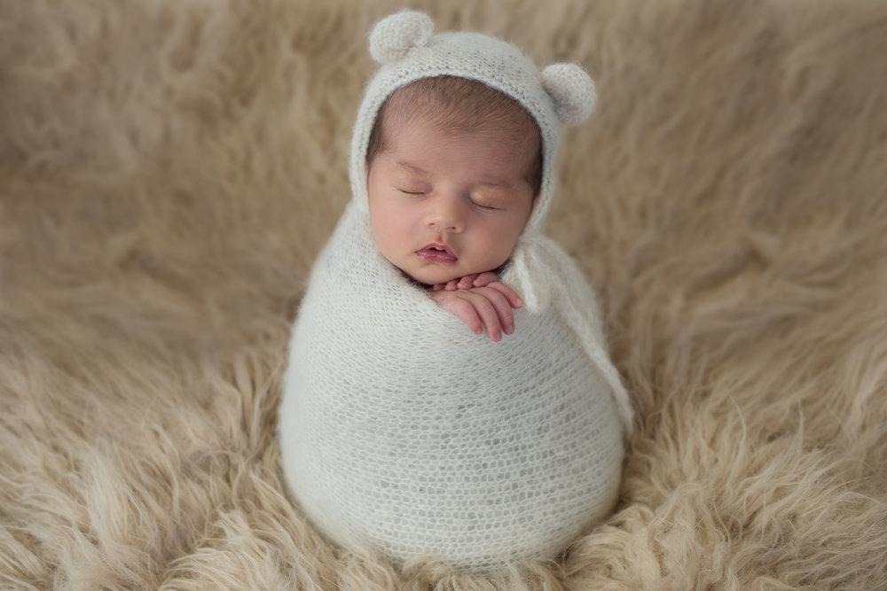 AMP Newborn 6.jpg