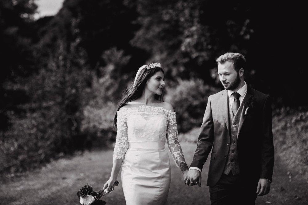 Waterwynch House wedding Tenby KA38.jpg