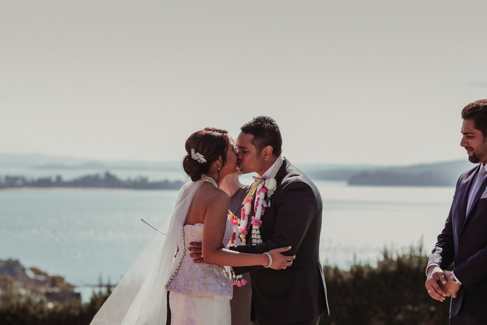 Lodge-at-Mudbrick-Waiheke-wedding-FM27.jpg