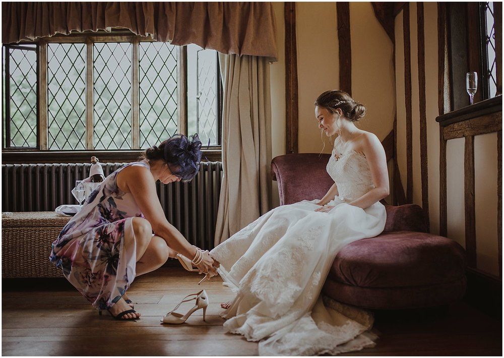Cain Manor Hampshire wedding