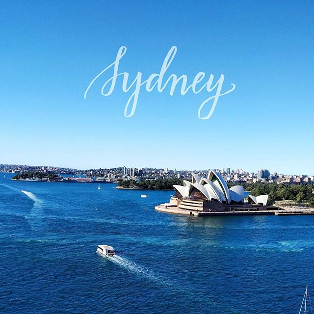 Good morning from captivating Sydney! On my list today: getting work done from somewhere with beach views 👌  #sydney #australia #seetheworld #calligraphy #handlettering #travel
