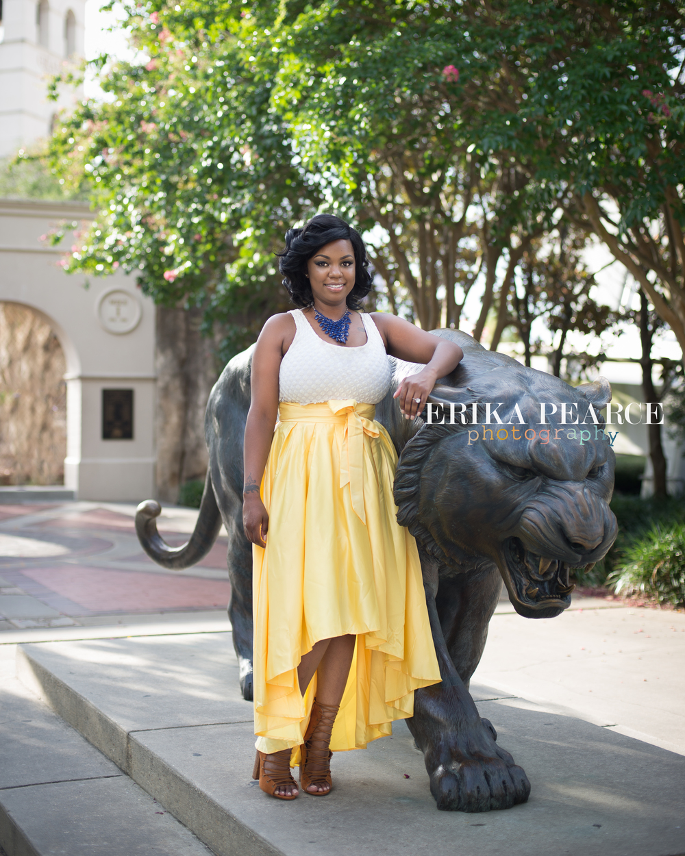 Family Photographer|Baton Rouge Graduation Senior Portraits-LSU