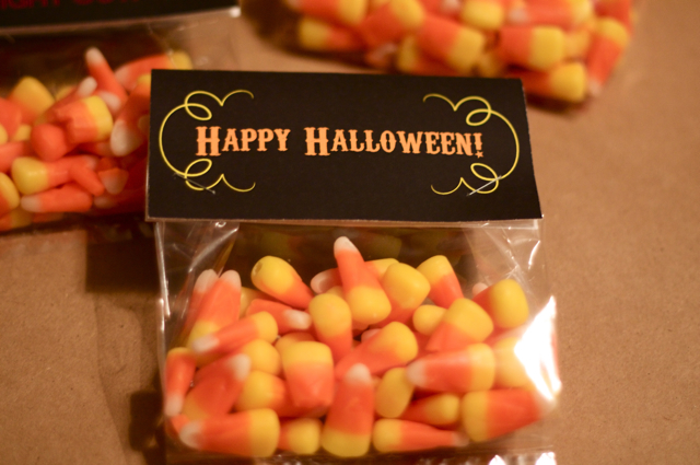 Celebrate Halloween with these 2 treat bag DIY tutorials on the Hey Love Designs blog.