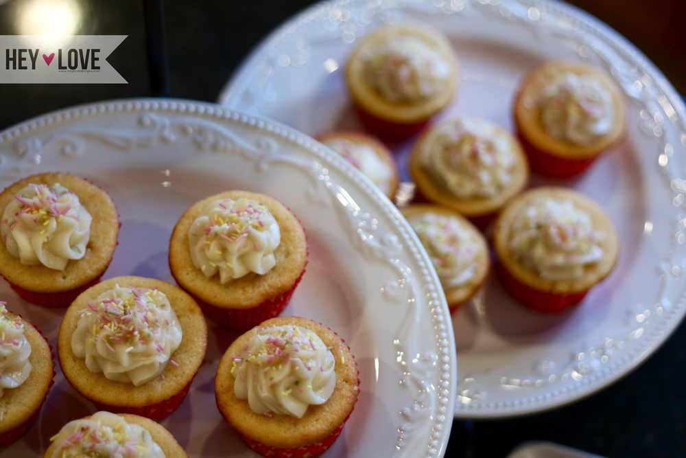 Buttermilk vanila cupcakes | Hey Love Designs