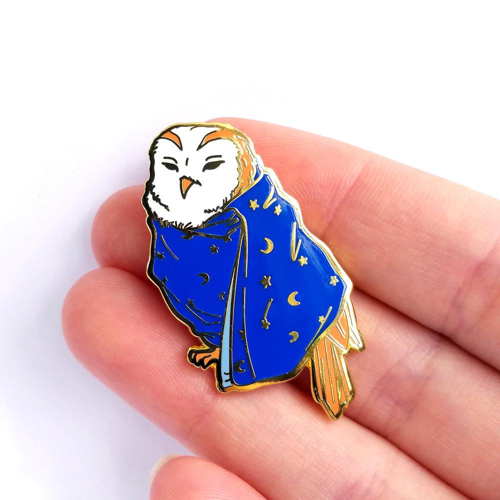 owl-on-hand.jpg