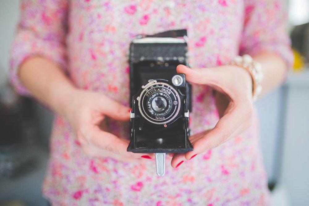 camera-791151.jpg