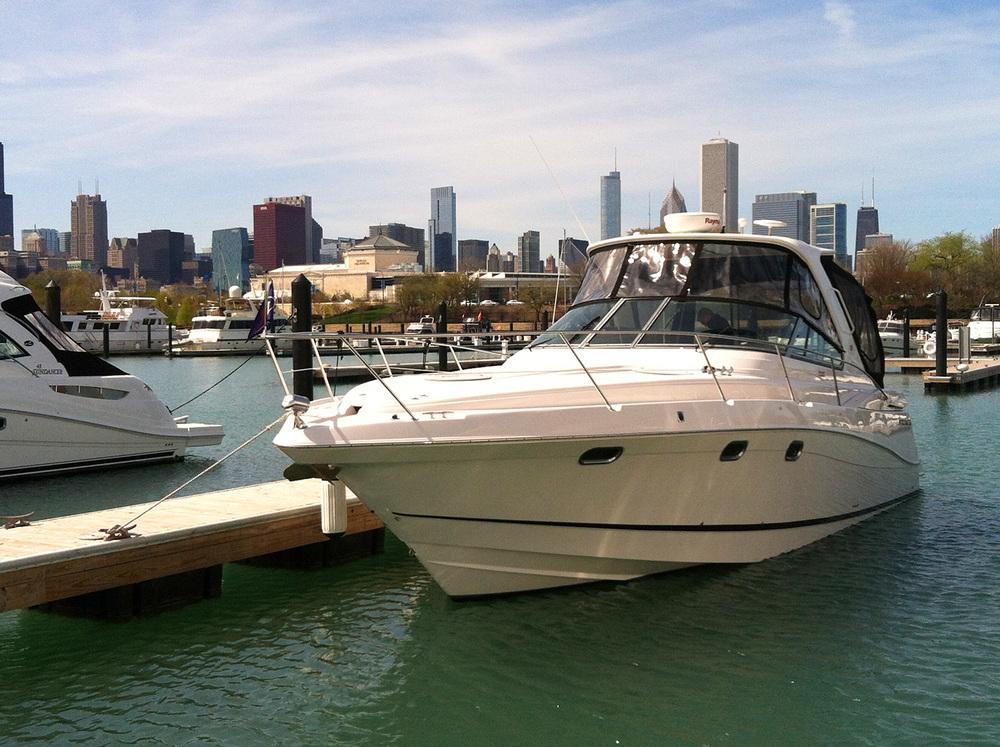coast-yacht-charter-fourwinns-v378-vista-1.jpg