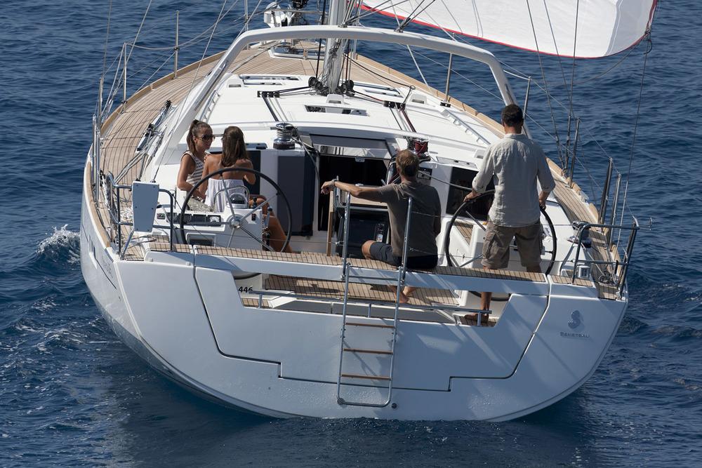 coast-yacht-charter-beneteau-oceanis-45-6.jpg