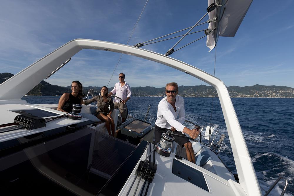 coast-yacht-charter-beneteau-oceanis-45-13.jpg