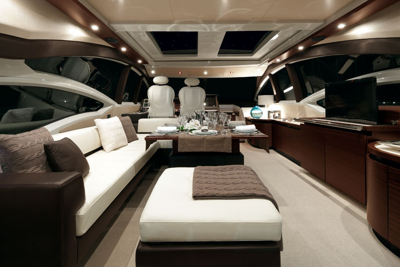 coast-yacht-charter-membership-fractional-lease-share-boat-club-62-azimut-19.jpg