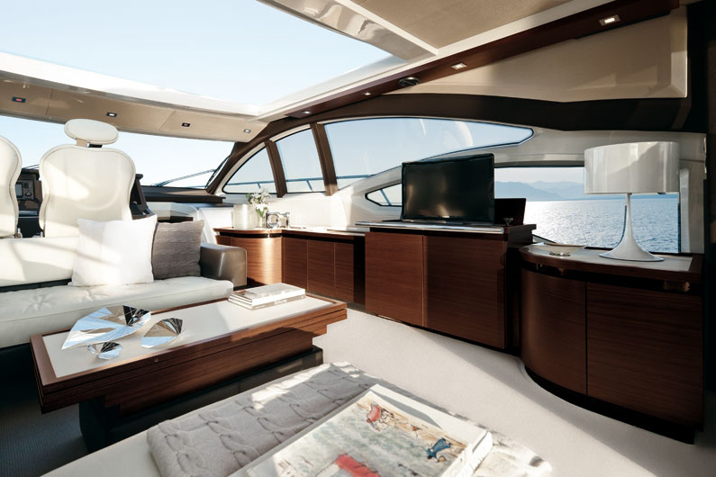 coast-yacht-charter-membership-fractional-lease-share-boat-club-62-azimut-20.jpg
