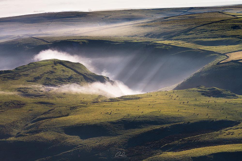 Winnats-Cascade.jpg