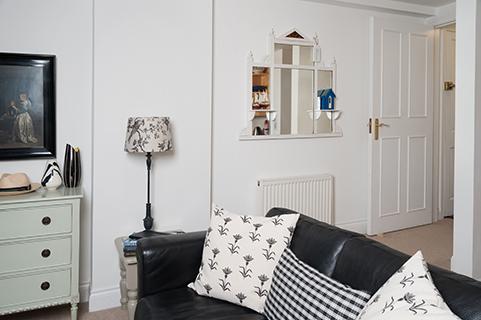 Pantiles Sitting room with sofa.jpg