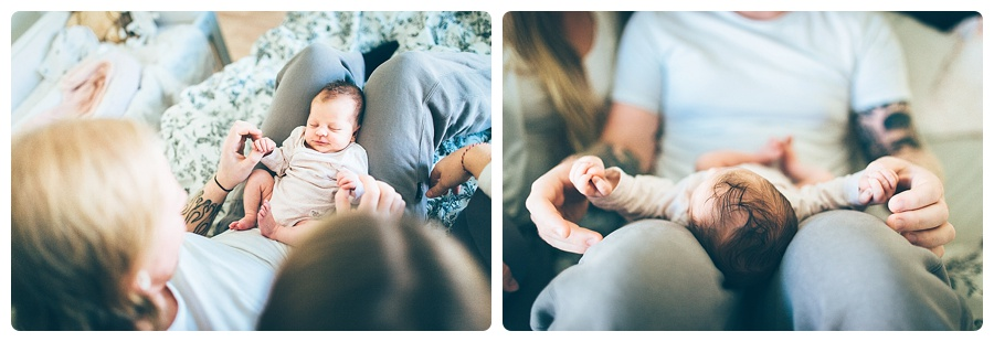 nyföddfotografering lifestyle_nyföddfotografering hemma_linda rehlin_nyföddfotograf_newborn hemma_viföräldrar_mama_energiochmagi_annicabottnemelander_2themoon