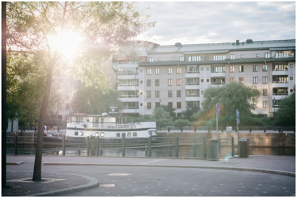 familjefotograf-stockholm-vallentuna-nyfoddfotografering-360you-cecilia-pihl-linda-rehlin-annika-9.jpg