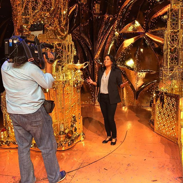 #fbf to yesterday hanging out with the cast and crew of @shnsf @aladdin 💜 One of the best parts of working on a show like @abc7bayarealife is that I get to do fun stuff like this. You know, like putting on a pair of tap shoes and trying to learn part of a dance number. It wasn't pretty but I sure had a blast. #aladdin #aladdinbroadway #orpheumtheatre #sf #stage #musical #tapdance #gold