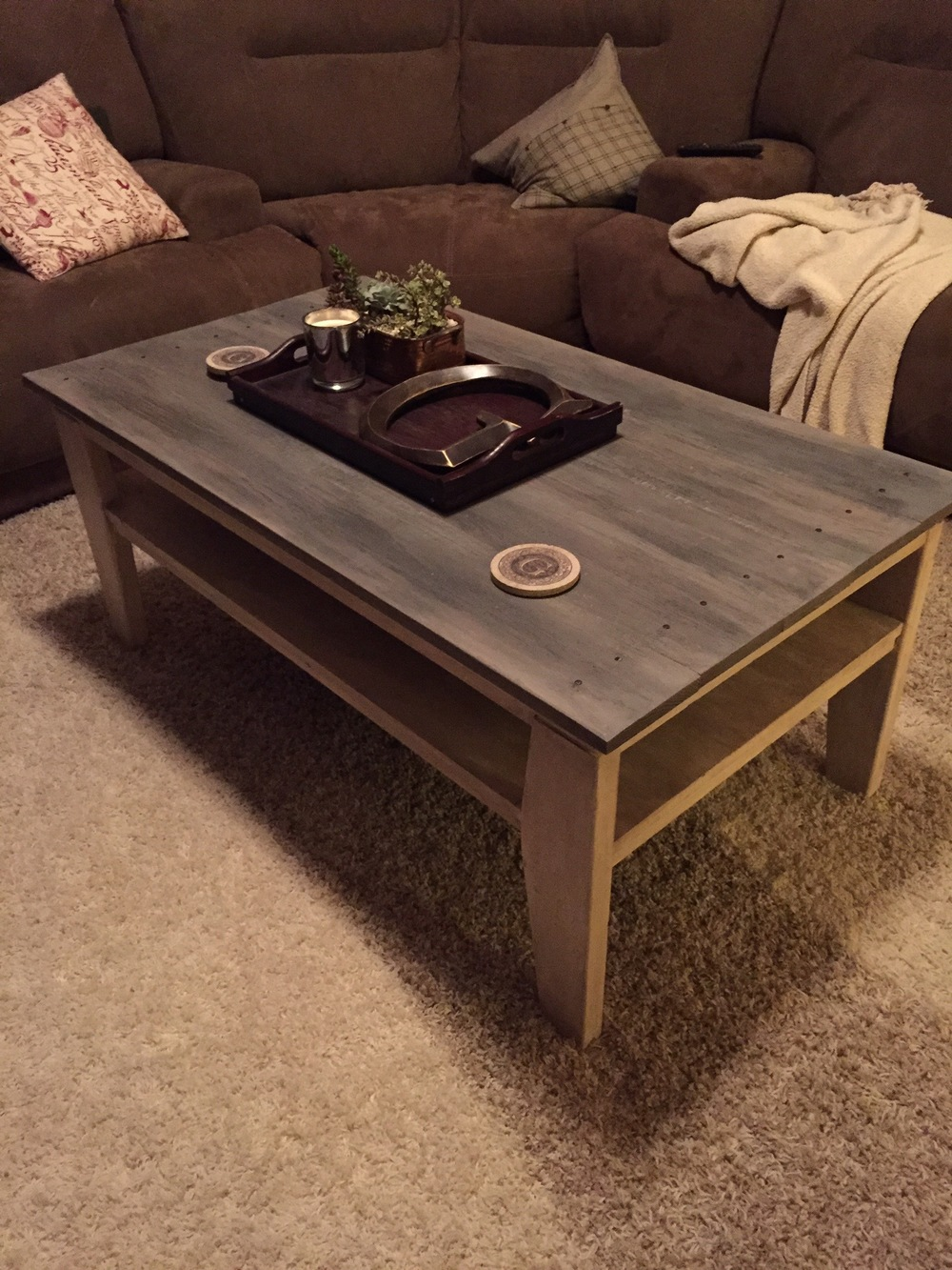 rustic-coffee-table-makeover