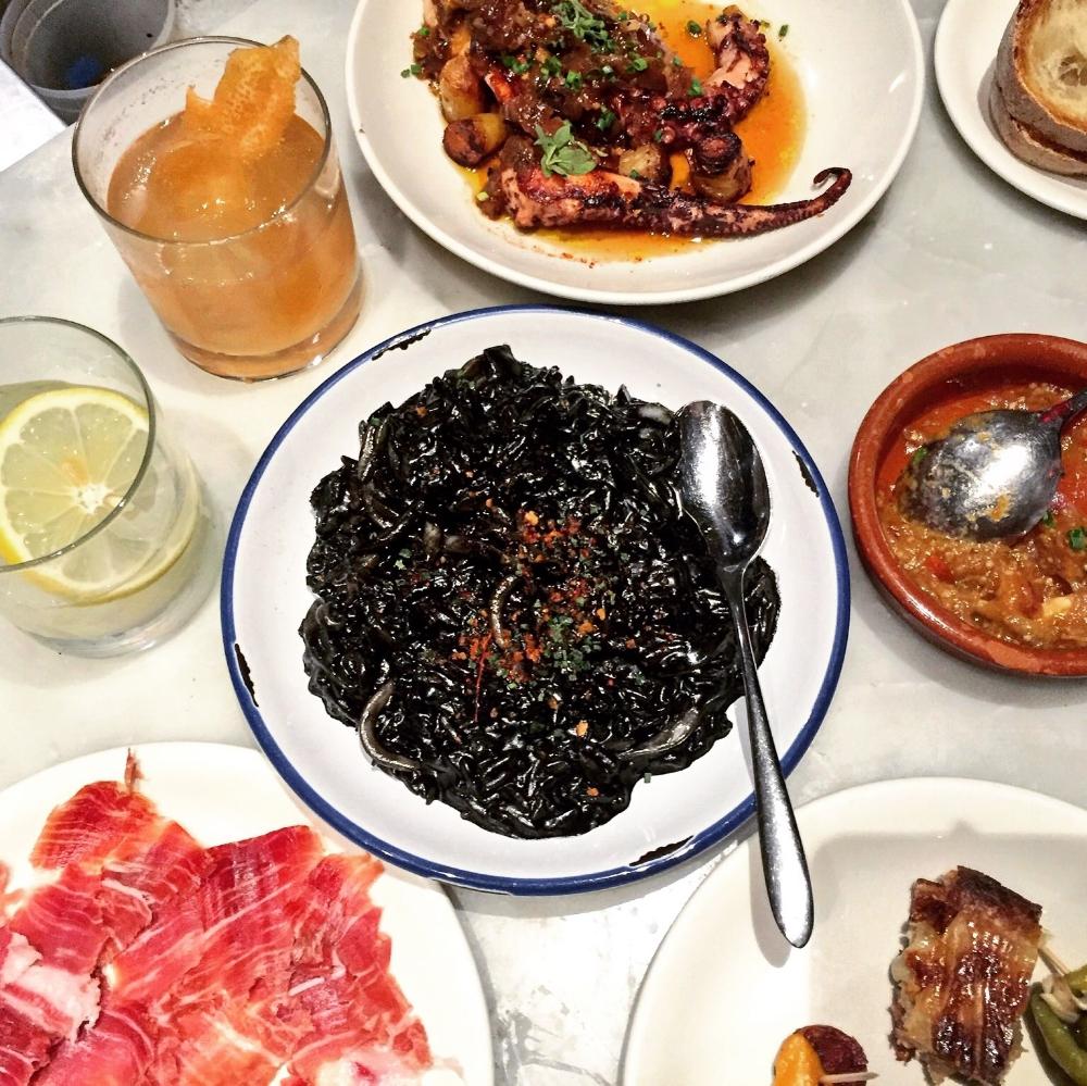 TORO Squid ink risotto,jamón ibérico, pulpo, chef's selection of pinchos, cocteles.