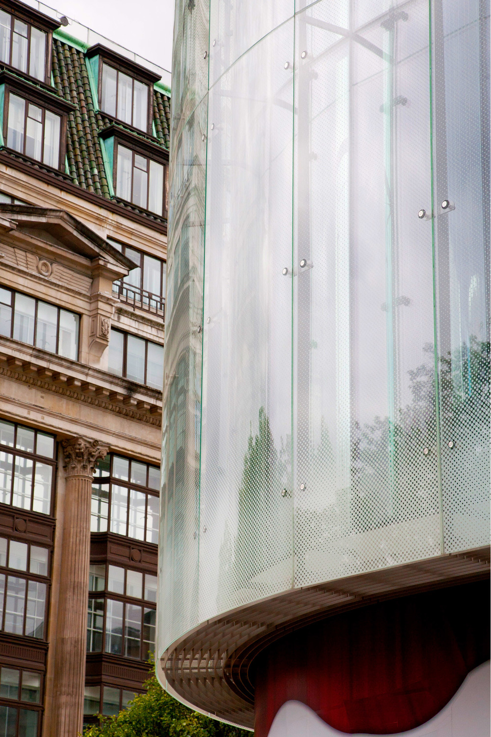 W-London-Hotel-Glazing-Detail.jpg