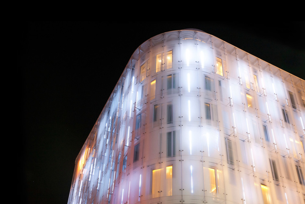 W-London-Hotel-Night-Facade.jpg