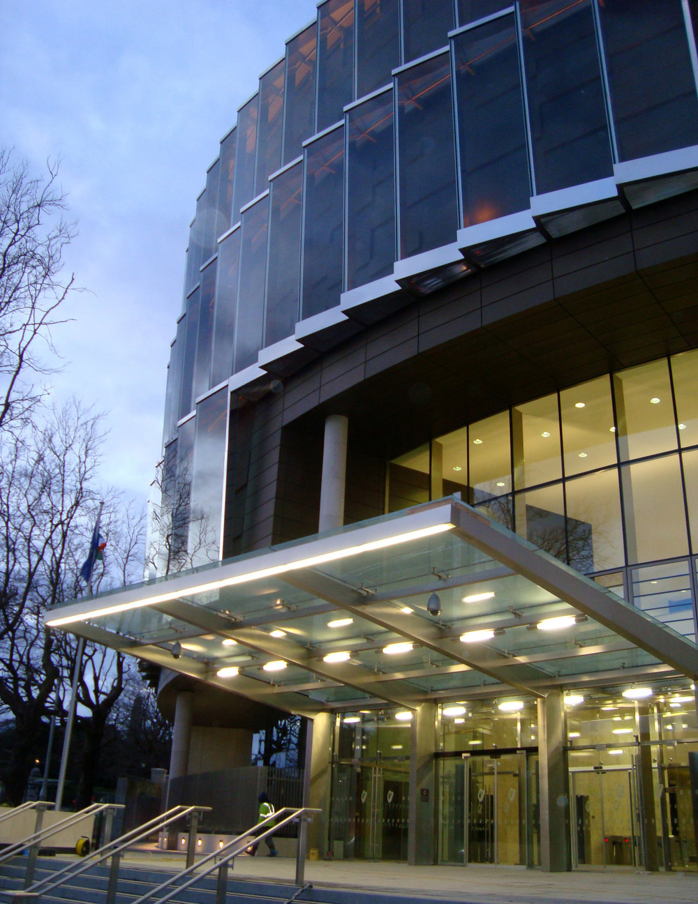 Criminal-Courts-Complex-Entrance.jpg