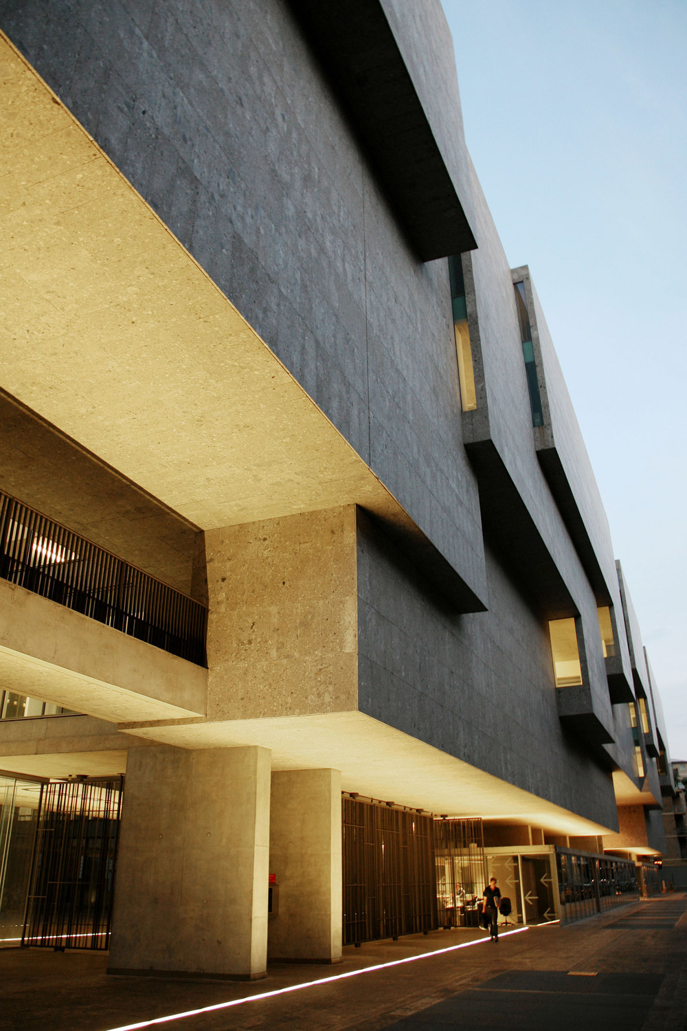 Universita-Commerciale-Luigi-Bocconi-Stepped-Facade-Evening.jpg