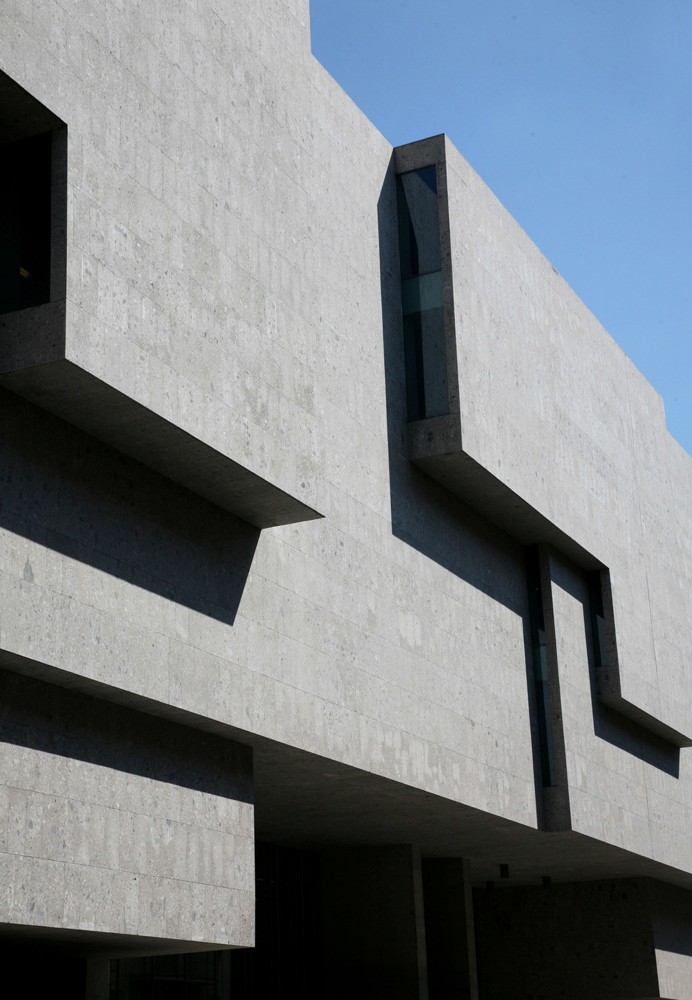 Universita-Commerciale-Luigi-Bocconi-Stepped-Facade.jpg