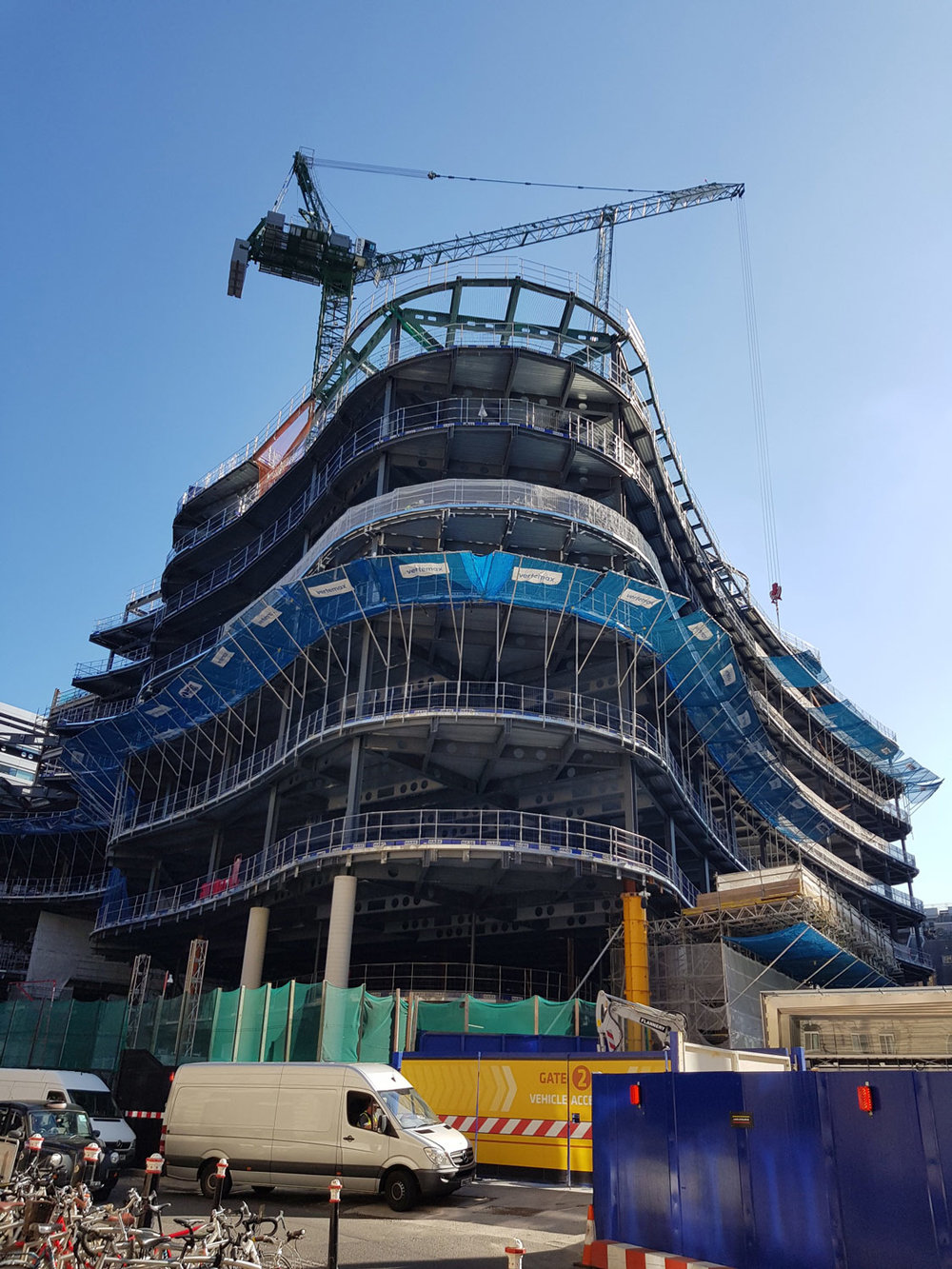 18-100-Liverpool-Street-Curved-Facade-Structure.jpg