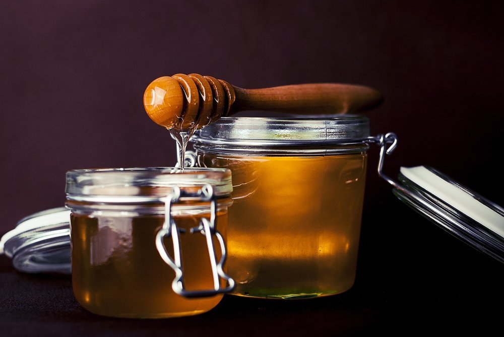 grayanotoxins honey