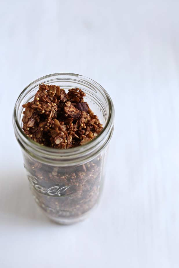 chocolate-hazelnut-granola-1.jpg