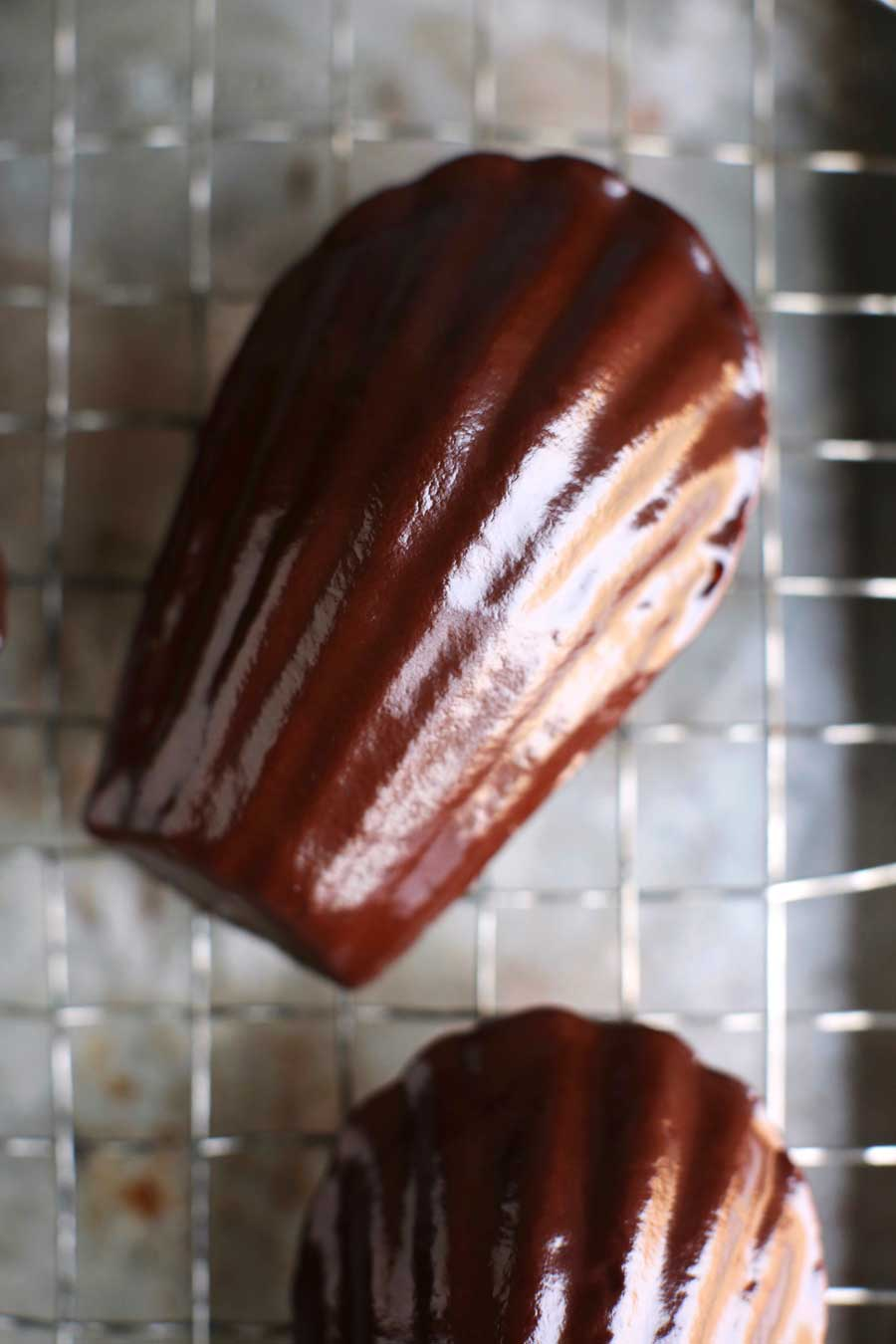 chocolate-madeleines-3.jpg