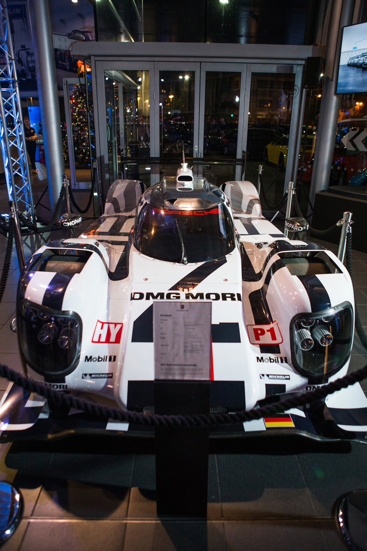 Porsche_911_07_12_15-6801Small.jpg
