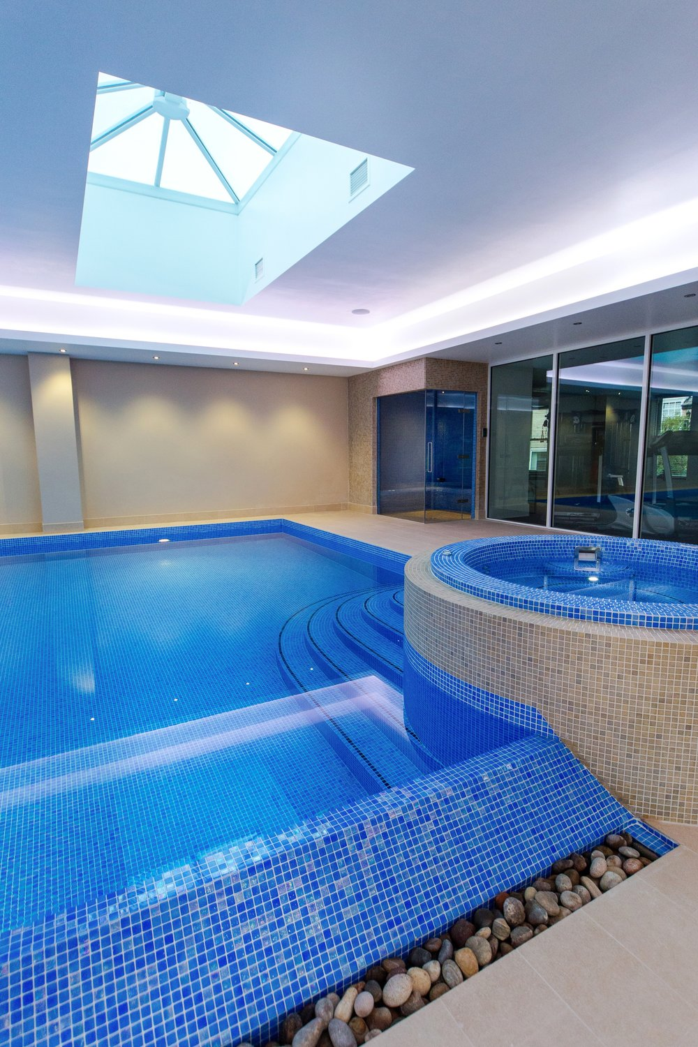leeds_commercial_events_photographer_james_arnold_jarnold_Grayfox_Swimming_Pools_0002.jpg