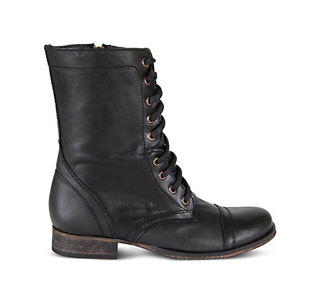 STEVEMADDEN-BOOTIES_TROOPA_BLACK-LEATHER_SIDE.jpeg