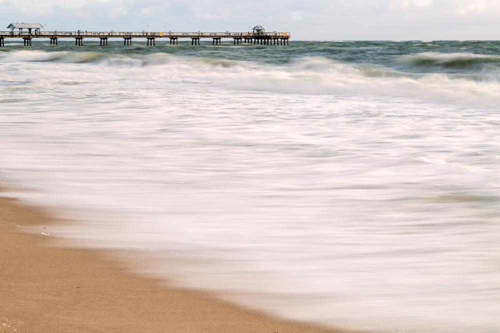 Ft. Lauderdale Waves
