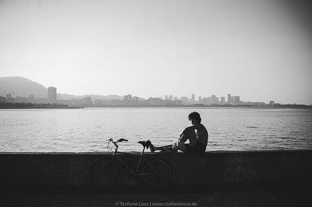 Sad day for Brazil. . . . .  Rio de Janeiro | 2013 . .  Foto: @stefanie_loos . . .  #photojournalism #fotokombinat #stefanieloos #stefanieloosfotografie  #brasil #elenao #brasilien #elections #everydaybrasil #everydayeverywhere #eleições2018 #riodejaneiro #brazil #savebraziliandemocracy #womenphotograph #nikon #nikondeutschland #riodejaneiro