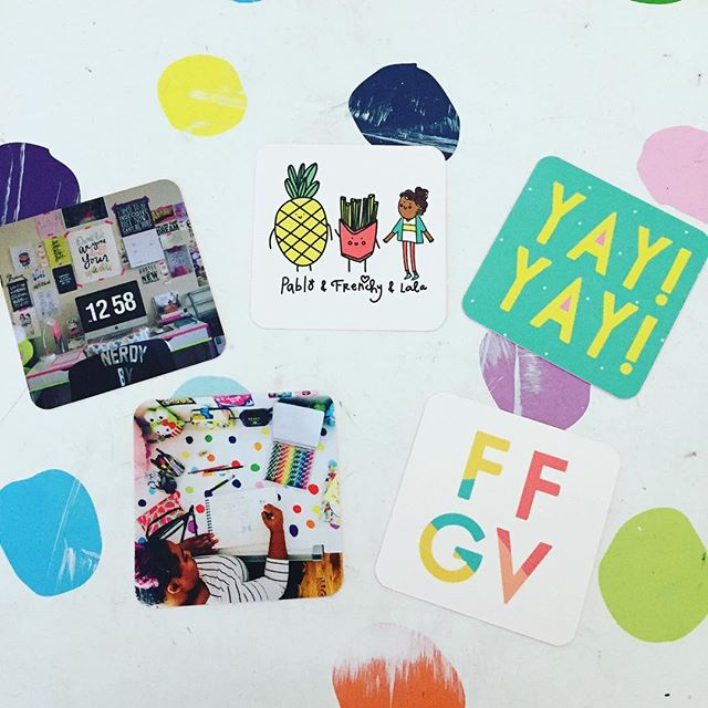 Happy Tuesday fun fries gang! New business cards for the biz! We're loving them and can't wait to hand 🤚 them out. Thanks @moo ! Can you spot the lovely portrait of Pablo, Frenchy and I? Which one is your favorite? #yay #frenchfriesandgoodvibes #businesscards #moo #funfriesgang #ffgv #pablo #frenchy#lalawatkins
