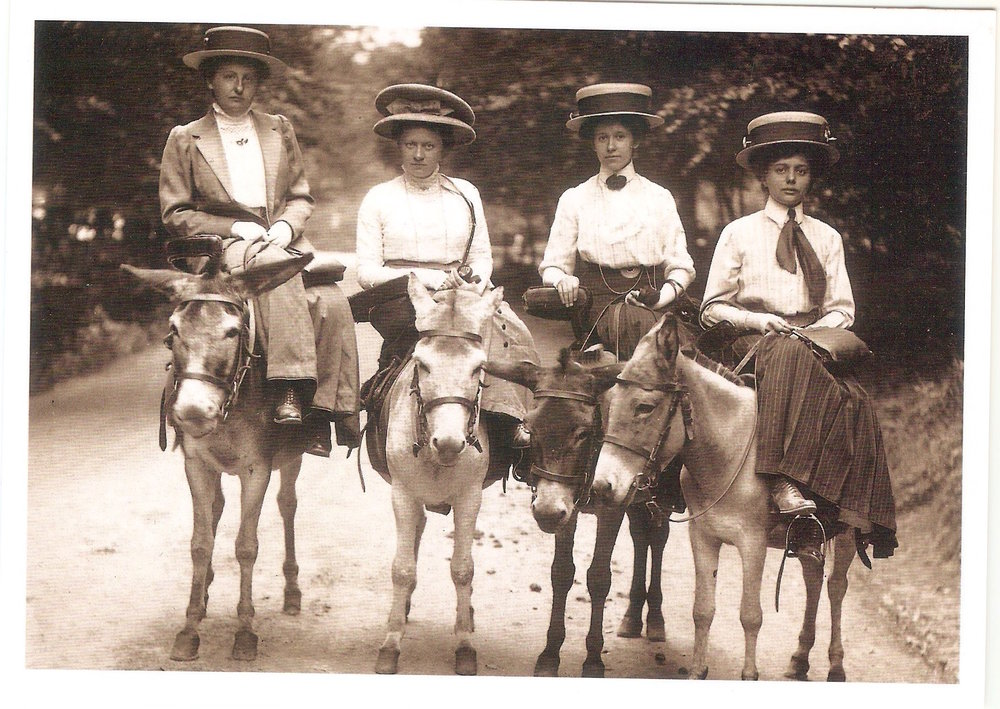 Four ladies riding to Wartburg, Bavaria, Germany. By Eisenach. 1911.