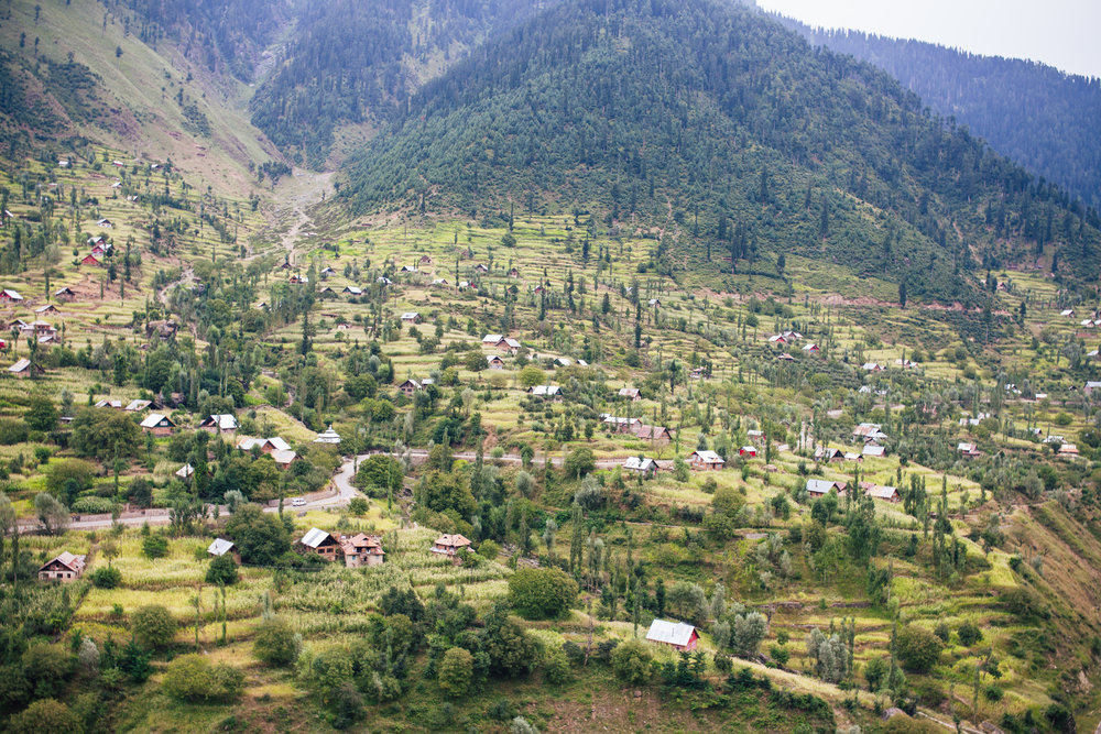Naranang - Naranang is one of the less-explored valleys of Indian Kashmir. Cloaked in rolling hills and meadows, its is a pristine location for nature walks and trekking.