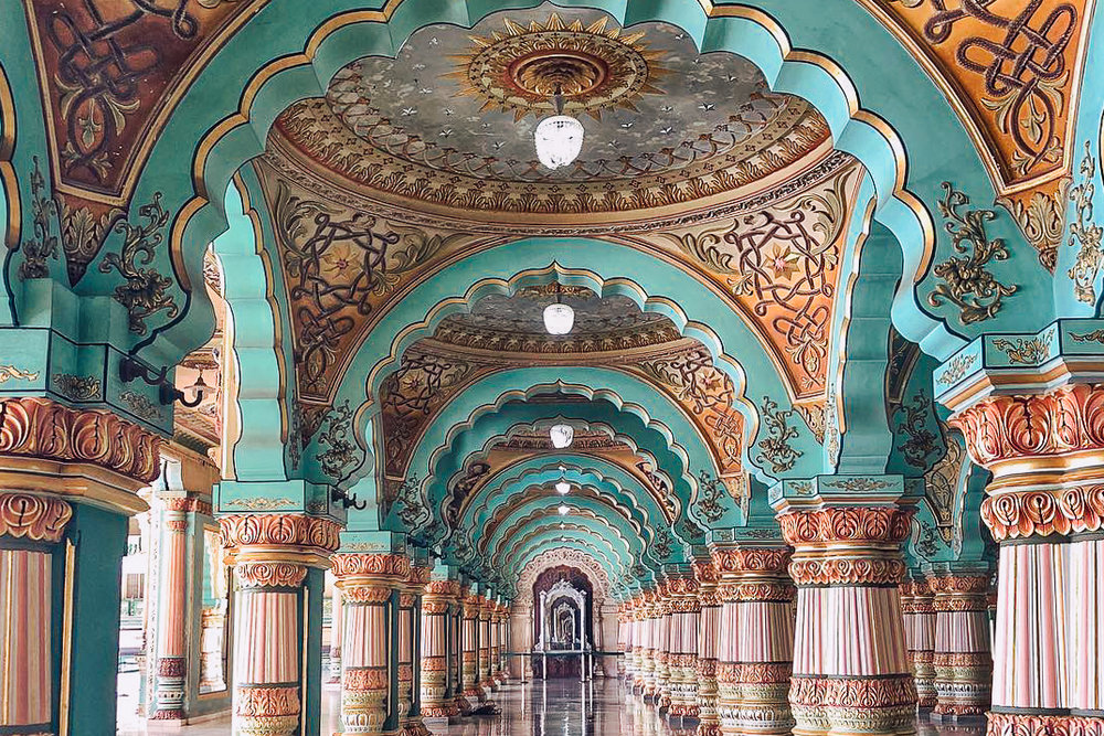 MYSORE -  Discover the royal palaces and flower markets of the capital of Karnataka's Kingdom of Mysore for over 600 years.