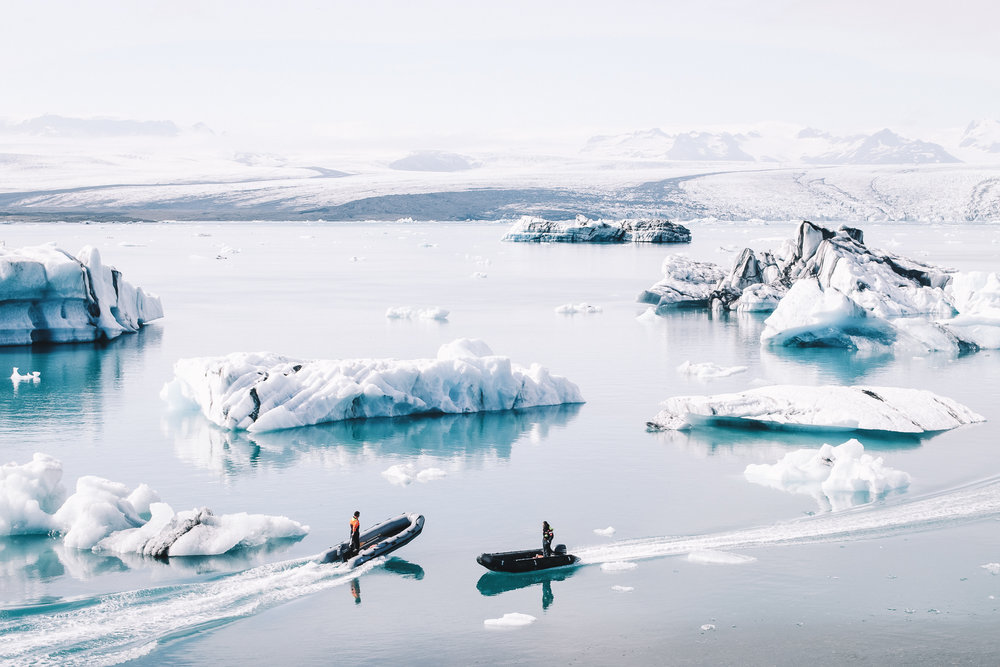 antarctic peninsula - The northernmost tip of the White Continent, the Antarctic Peninsula hosts some of the most scenic glacial landscapes, natural ports and international scientific base camps in the mainland.