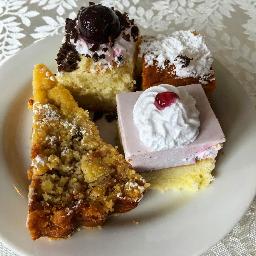 little cakes look pretty taste like air