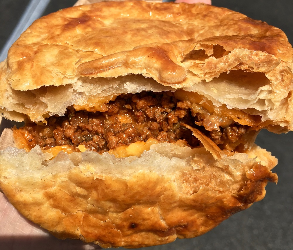 minced beef and cheddar pie