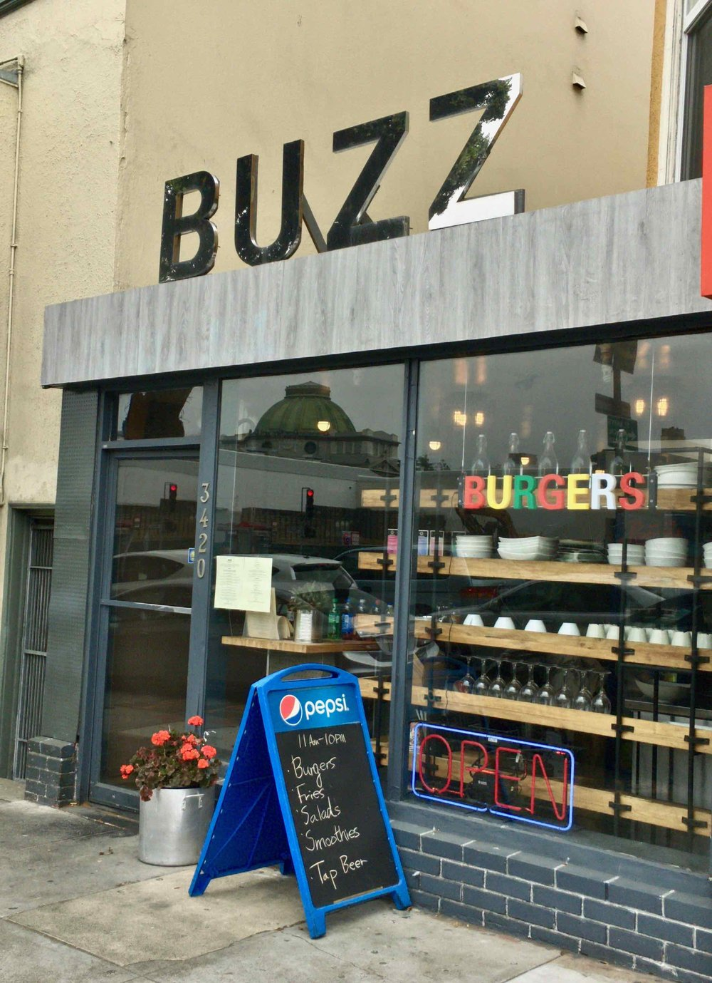 Buzz Burgers (yes I ignored the part that said salads)