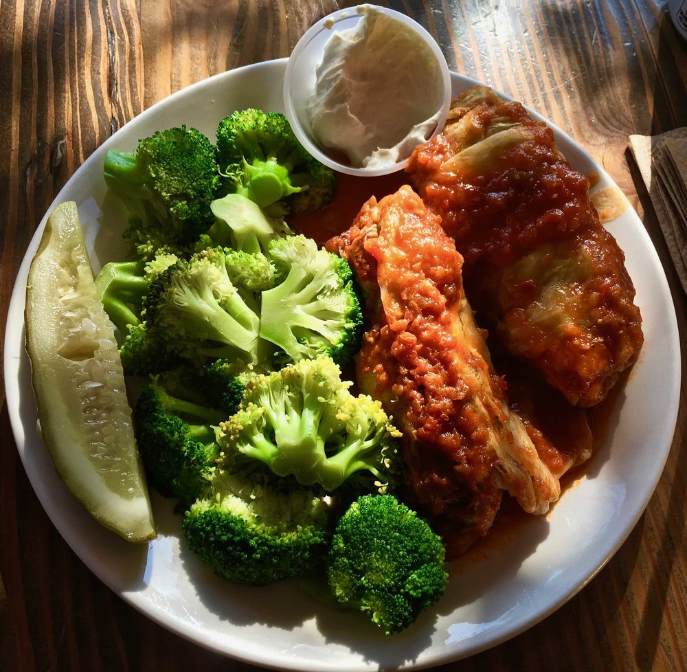 golubtsi (stuffed cabbage) with steamed broccoli and a pickle?