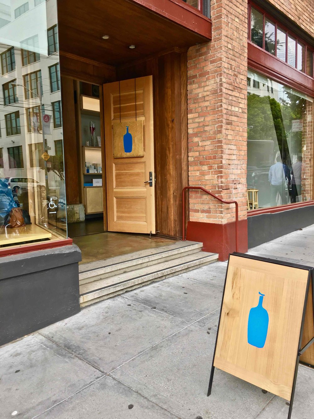 look ma! No line! (Blue Bottle Coffee in SOMA)